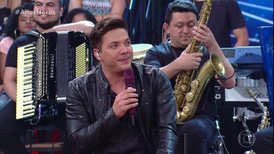 Wesley Safadão cantou seu novo sucesso no palco de Serginho Groisman