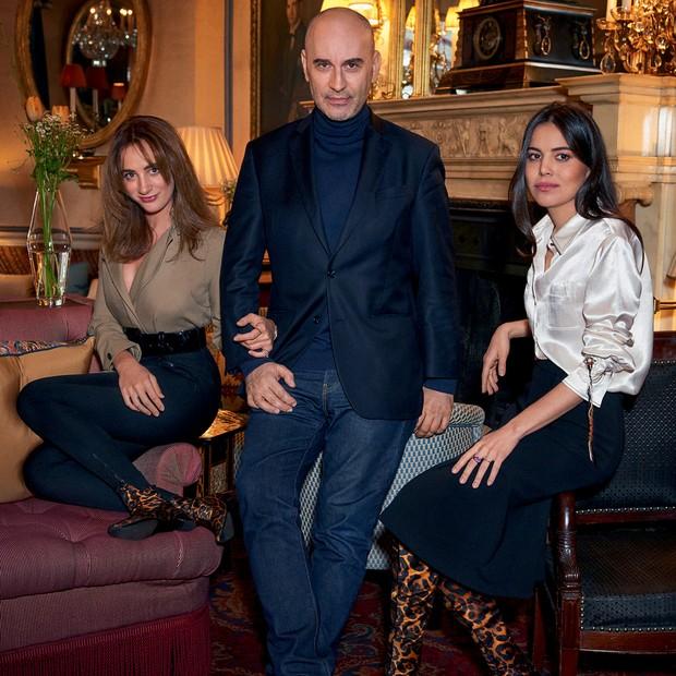 A partir da esquerda, Alexia Niedzielski, Fabrizio Viti e Gisela Niedzielski. Alexia e Gisela usam botas do inverno 2018/19 da marca que leva o nome do italiano (Foto: Mariano Vivanco)