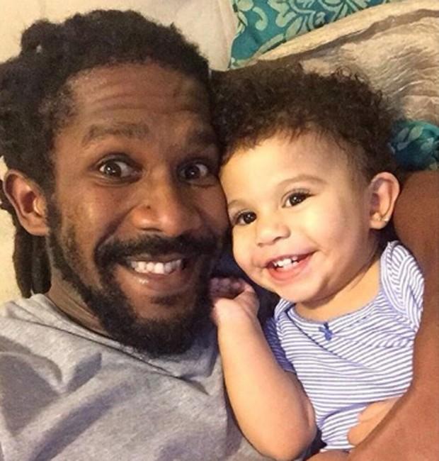 André Luiz Miranda e a filha, Beatriz, de 2 anos (Foto: Reprodução/Instagram)