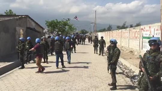 Experiência militar e destaque internacional estão entre legados que missão de paz no Haiti deixa ao Brasil