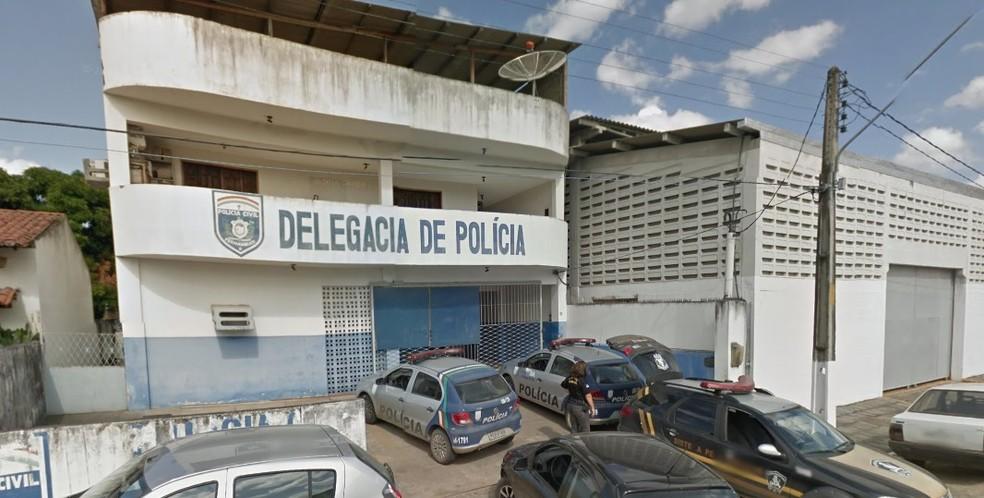 Delegacia de Timbaúba fica na Zona da Mata de Pernambuco — Foto: Reprodução/Google Street View