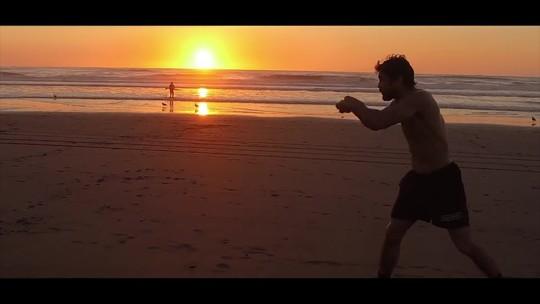 """Kron Gracie revela não lembrar da sua luta de estreia no UFC: """"Só lembro de chegar nas costas dele"""""""