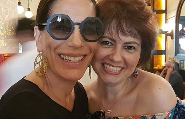 Gloria Pires e Narjara Turetta: amigas desde a adolescência (Foto: Reprodução/Instagram)