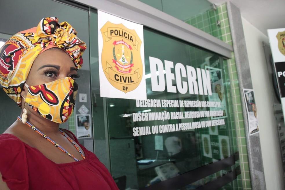 Mãe Baiana de Oyá registra queixa contra Sérgio Camargo em delegacia no DF — Foto: Ògan Luiz Alves/Projeto Oníbodê