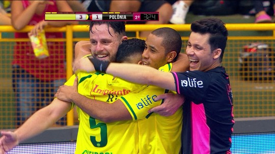 Os gols de Brasil 3 x 1 Polônia pelo amistoso internacional de Futsal