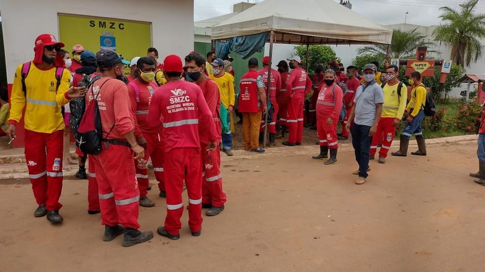 Com fim de contrato, 130 garis perdem emprego em Rio Branco e Zeladoria diz que nova empresa já vai ser contratada — Foto: Aline Vieira/Rede Amazônica