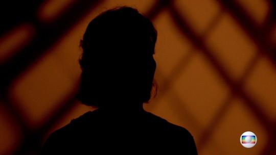 'Foi uma rajada de um segundo', diz assessora de Marielle. 'Sobreviver é muito cruel. Queria a Marielle viva, o Anderson vivo'