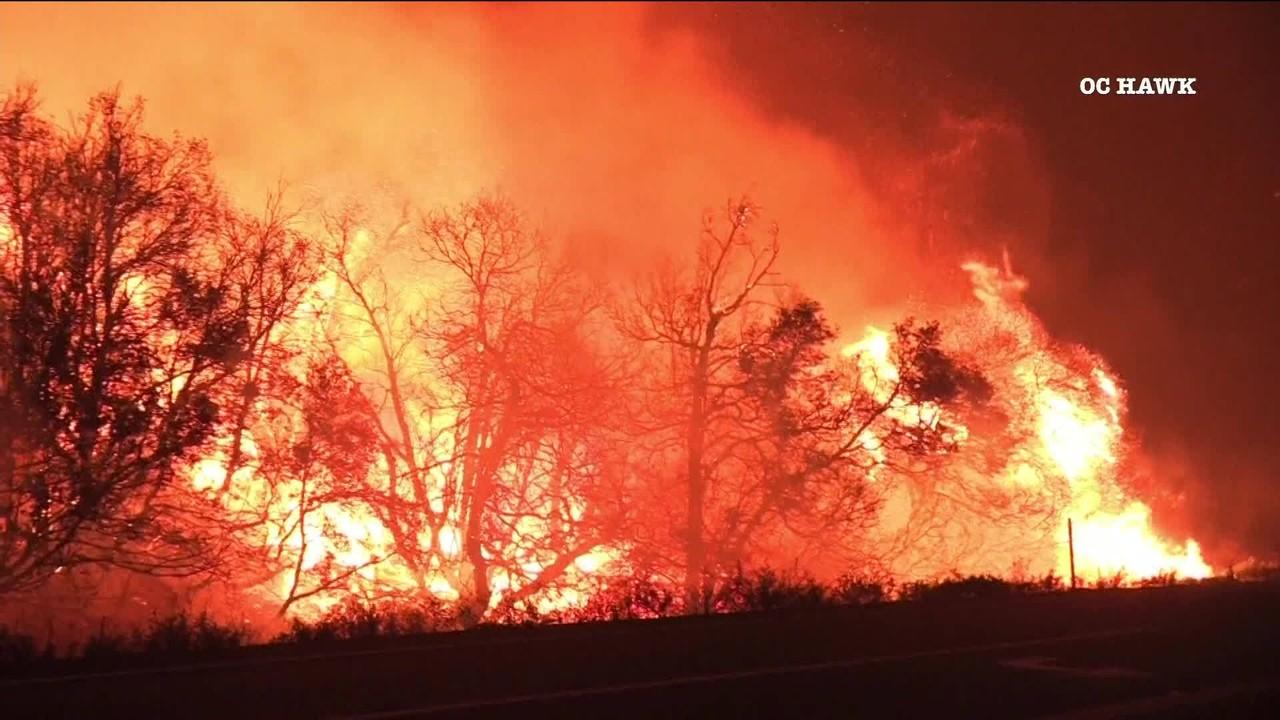 Nos EUA, mortos em incêndios florestais em Washington, Califórnia e Oregon chegam a 37