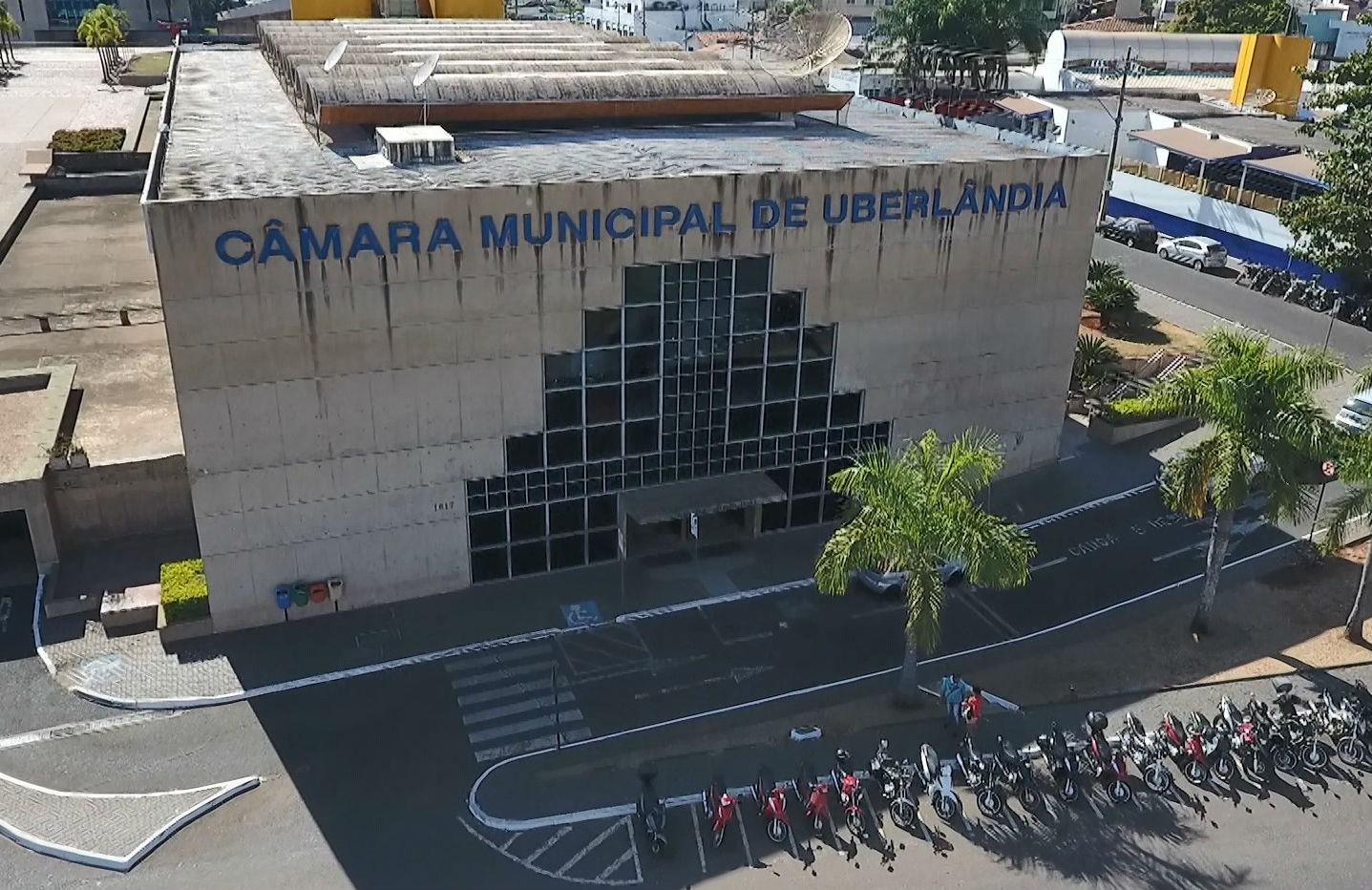 Câmara de Uberlândia recompõe comissões processantes após renúncia de Michele Bretas