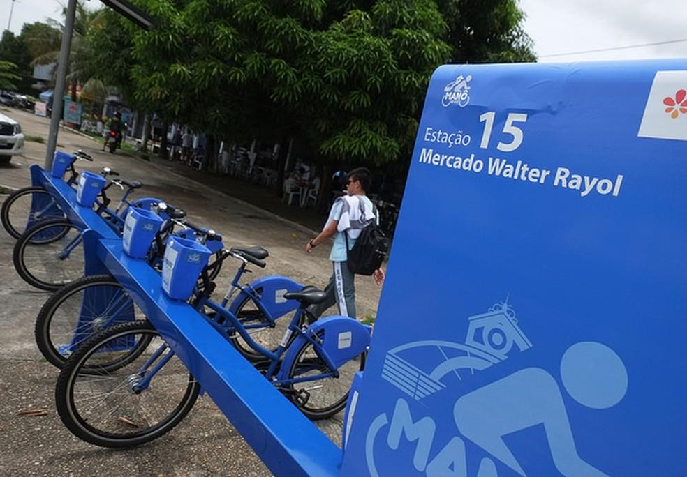Manobike ganha novas esta��es de bicicletas compartilhadas na Pra�a da Matriz e na Avenida 7 de Setembro (Foto:  Lucas Silva/SEMCOM)
