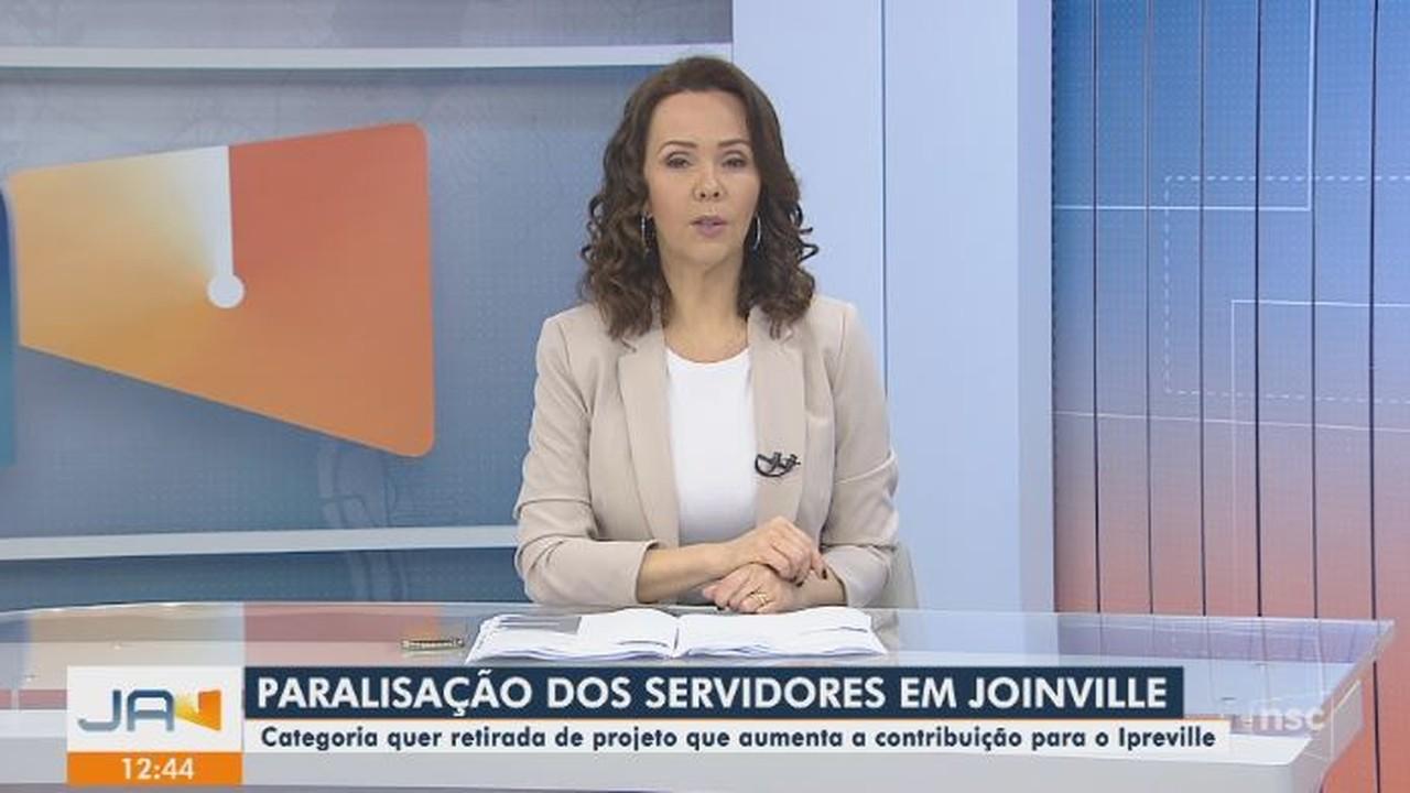 Servidores de Joinville paralisam atividades e pedem que não haja aumento do Ipreville