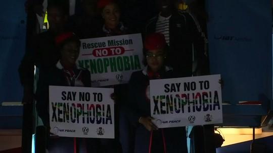 Nigerianos são repatriados após ataques xenofóbicos