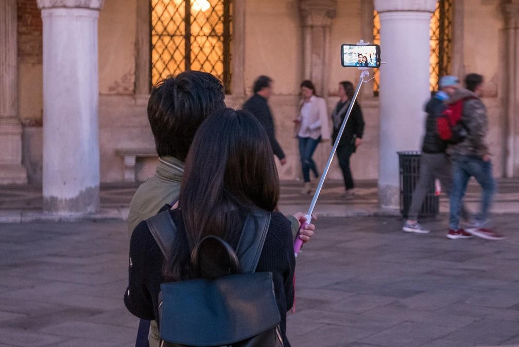 'Pegada' que turistas deixam nos locais de destino é proporcional à renda (Foto: Thomas Staub/Pixabay)