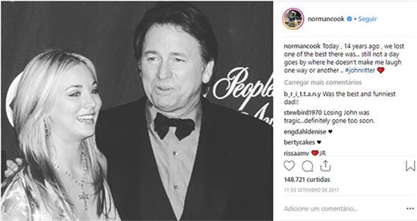 Kaley Cuoco e John Ritter (Foto: Instagram)