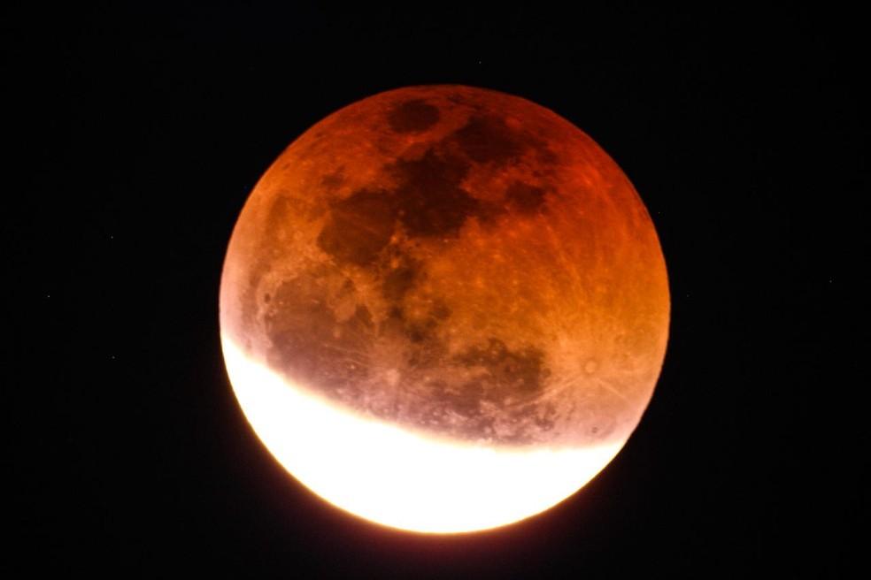 7345d076b ... Imagem feita de telescópio registra eclipse da lua — Foto: Breno de  Souza Nassar Gouvêa