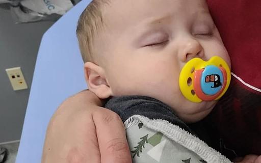 """""""Coronavírus não é piada"""", alerta mãe de bebê que testou positivo"""