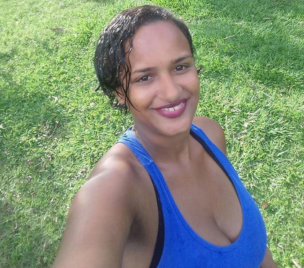 Franciele Santos tinha 27 anos e estava grávida de gêmeos quando foi assassinada, diz polícia (Foto: Reprodução)