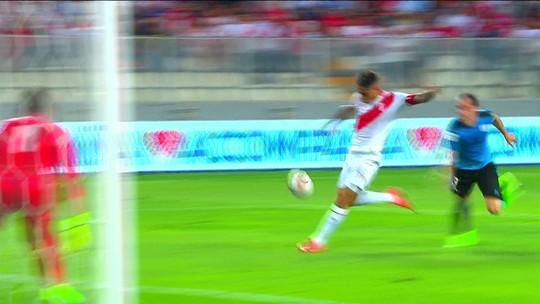 """Nação do """"Predador"""": Peru aposta em Guerrero por retorno à Copa do Mundo"""