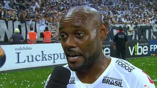 """Vagner Love é o herói do título do Corinthians: """"Estava sentindo isso"""""""