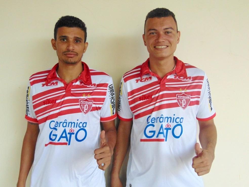 Ricardinho e Diego Henrique foram apresentados no Potiguar (Foto: Marcelo Diaz/Potiguar de Mossoró)