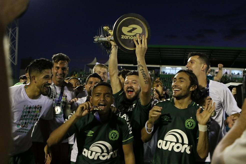 Chapecoense foi campeã estadual (Foto: Sirli Freitas/Chapecoense)