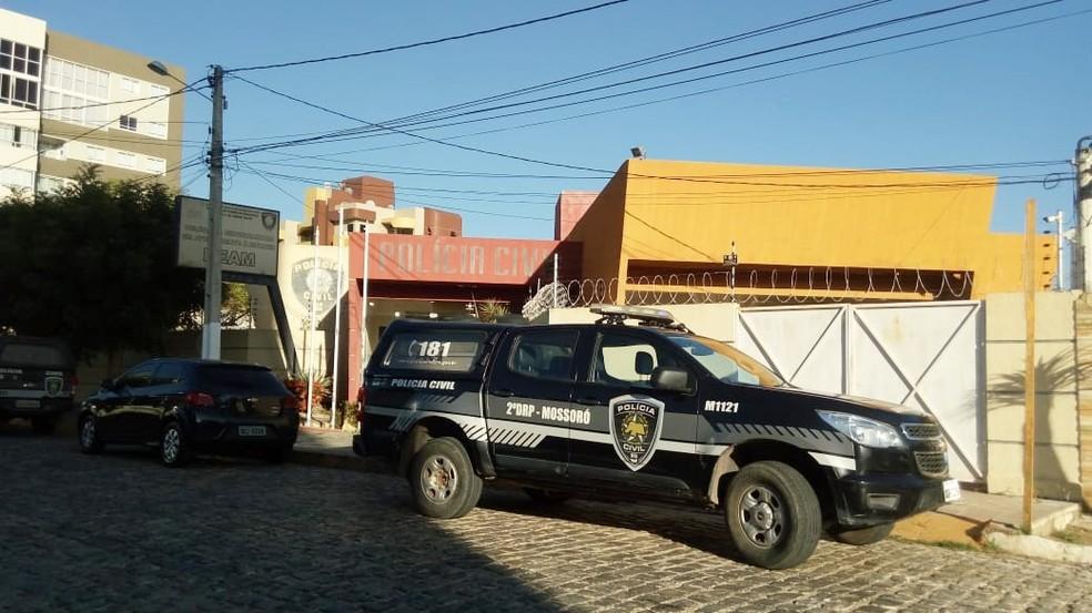 No RN, um dos mandados de prisão foi cumprido em Mossoró, na região Oeste do estado (Foto: Polícia Civil do RN/Divulgação)