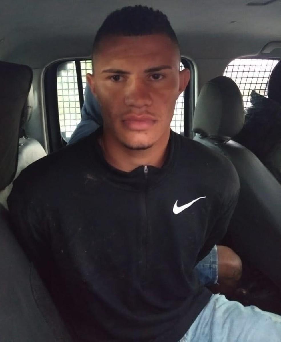 Breno da Silva Souza, suspeito de chefiar tráfico em Japeri (Foto: Divulgação/Polícia Militar)