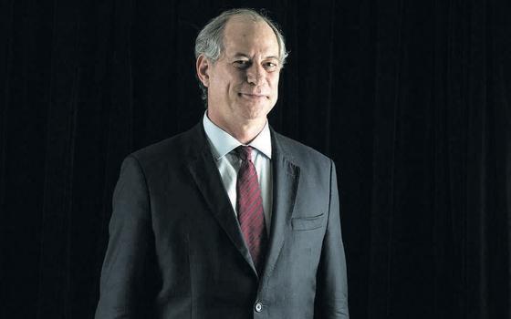 O ex-ministro Ciro Gomes   (Foto:  Diego Padgurschi/Folhapress)