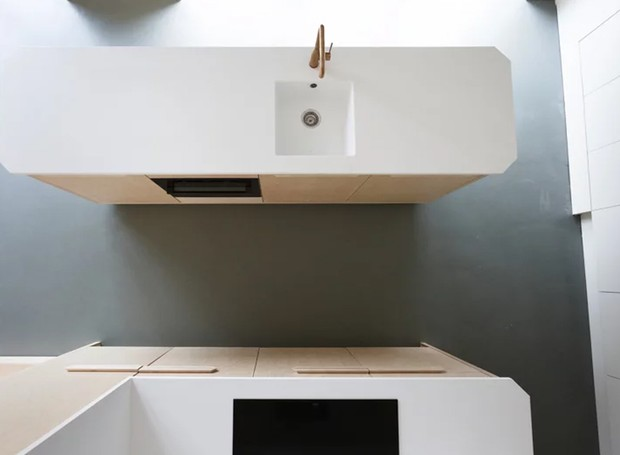Visão de cima da cozinha (Foto: Tim Stet & Leonard Faustle/ Designboom/ Reprodução)