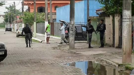 Operação prende 25 PMs suspeitos de receber dinheiro do tráfico em Volta Redonda (RJ)