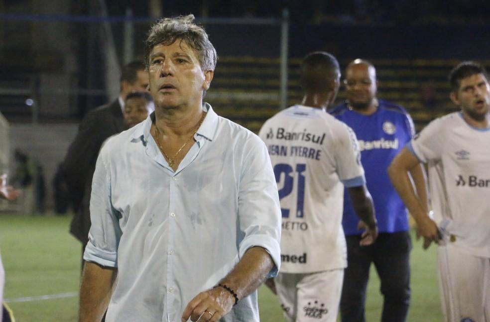 Renato Gaúcho saiu satisfeito com empate  — Foto: Eduardo Moura