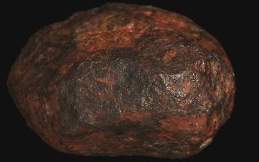 'Edscottite', o mineral que veio do espaço e está intrigando cientistas