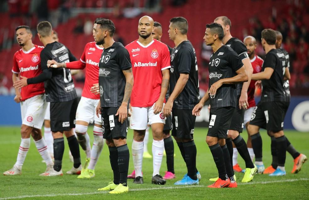 Botafogo mostrou um jogo com variação ao seu estilo habitual — Foto: Raul Pereira/ FotoArena/ Estadão Conteúdo