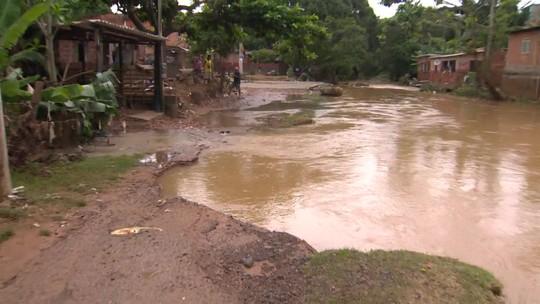 Homem morre afogado dentro de casa em Cariacica (ES)