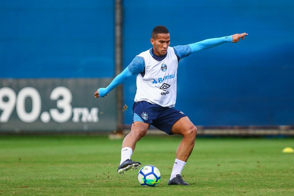 Jael seria titular nesta quarta, mas sentiu dores na coxa direita  (Foto: Lucas Uebel/Grêmio)