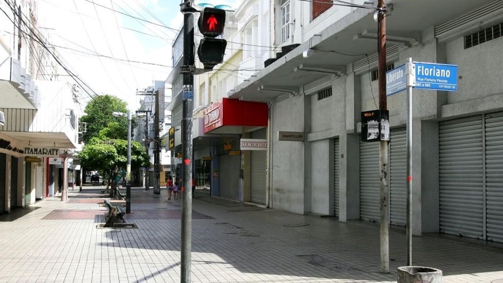 Desde o segundo semestre de 2015 o Ceará vem apresentando saldos negativos no comércio — Foto: Agência Diário