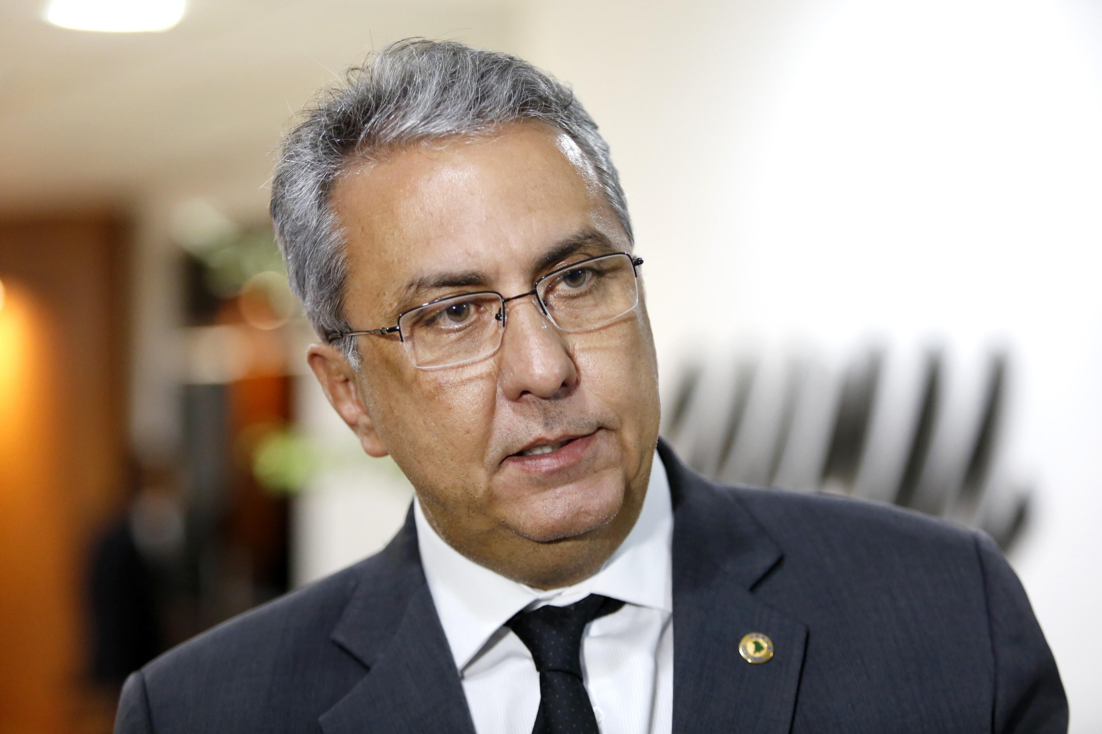 Com suspeita de Covid-19, presidente da Fapemat sofre parada cardíaca e deve ser transferido para Cuiabá em UTI aérea