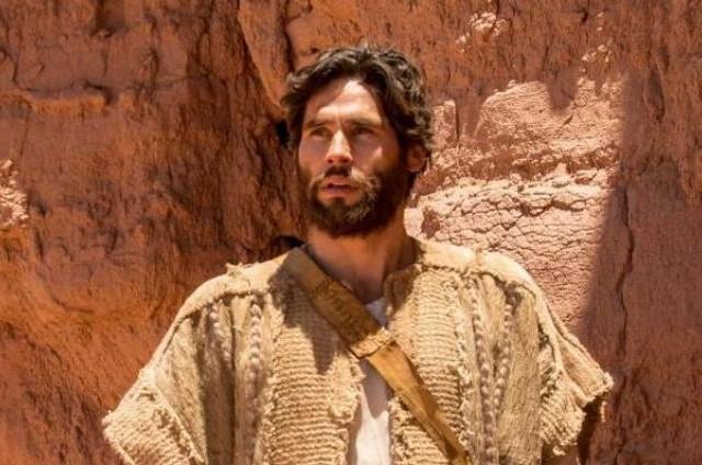 Dudu Azevedo é o protagonista de 'Jesus' (Foto: Record)