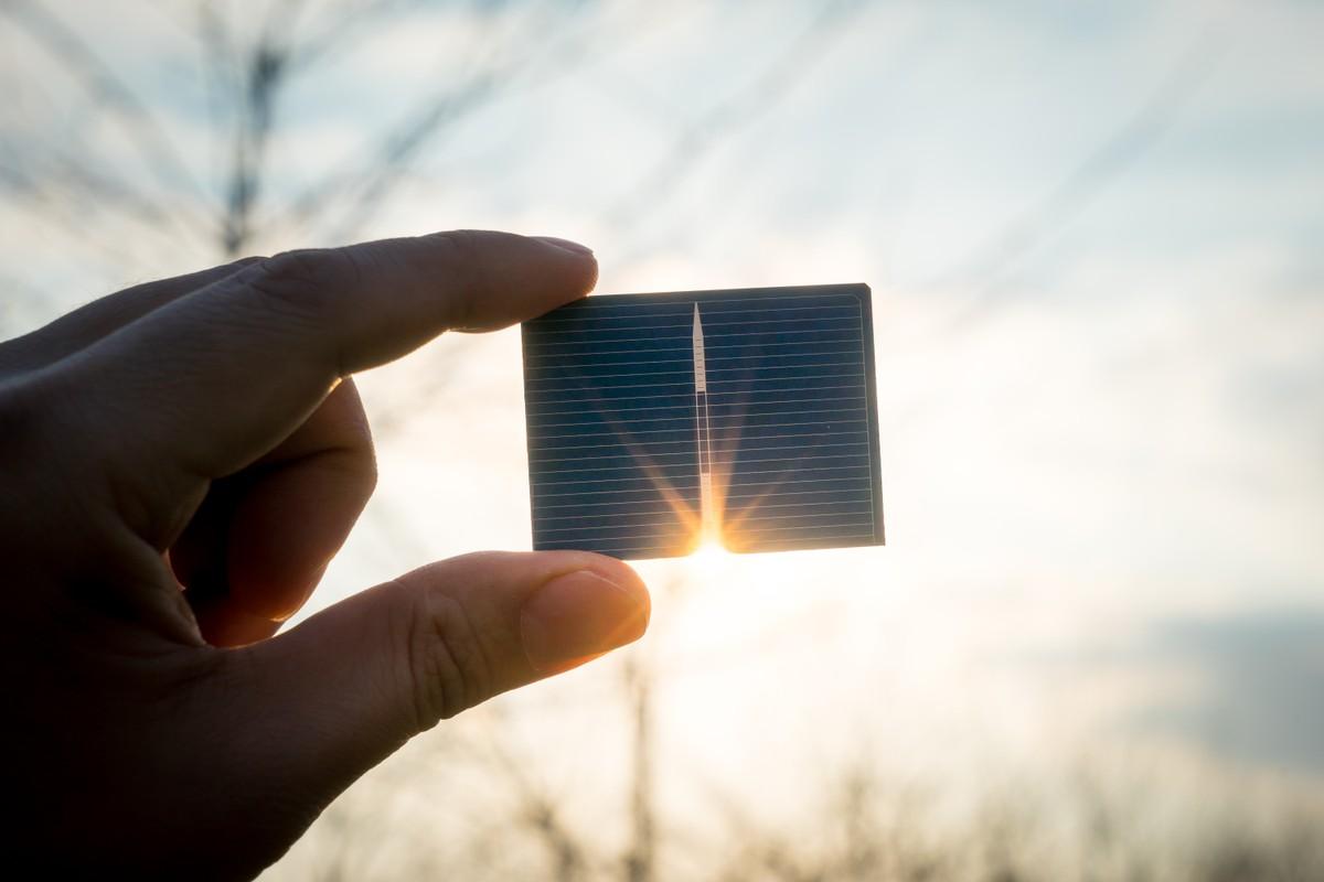 Quiz: É possível carregar o celular utilizando a energia solar? Descubra essa e outras curiosidades