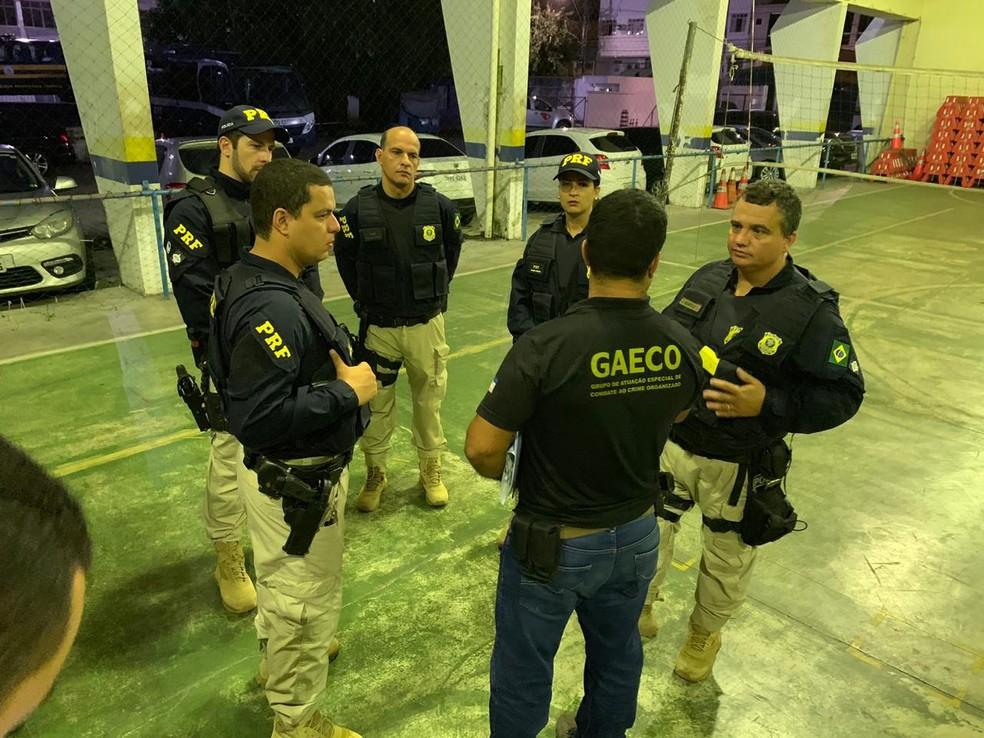 Operação é realizada pela Polícia Rodoviária Federal e o Ministério Público — Foto: Divulgação/ PRF-ES