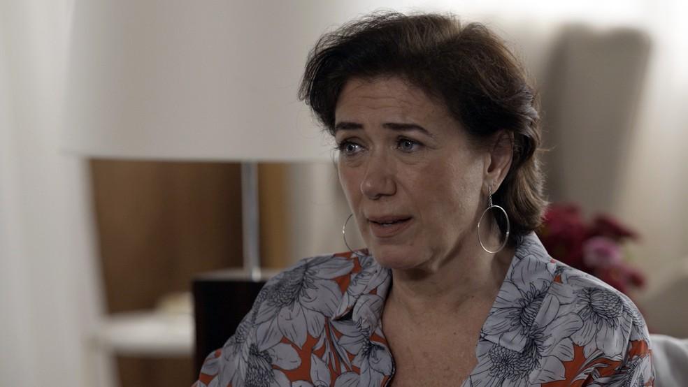 Silvana fica preocupada com a desconfiança de dantas (Foto: TV GLOBO)