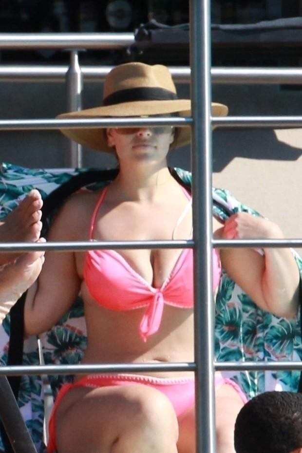 Ashley Graham (Foto: BACKGRID)