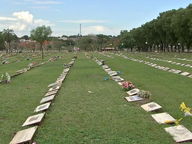 Justiça estabelece prazo para regularização de cemitérios em Várzea Grande (MT)