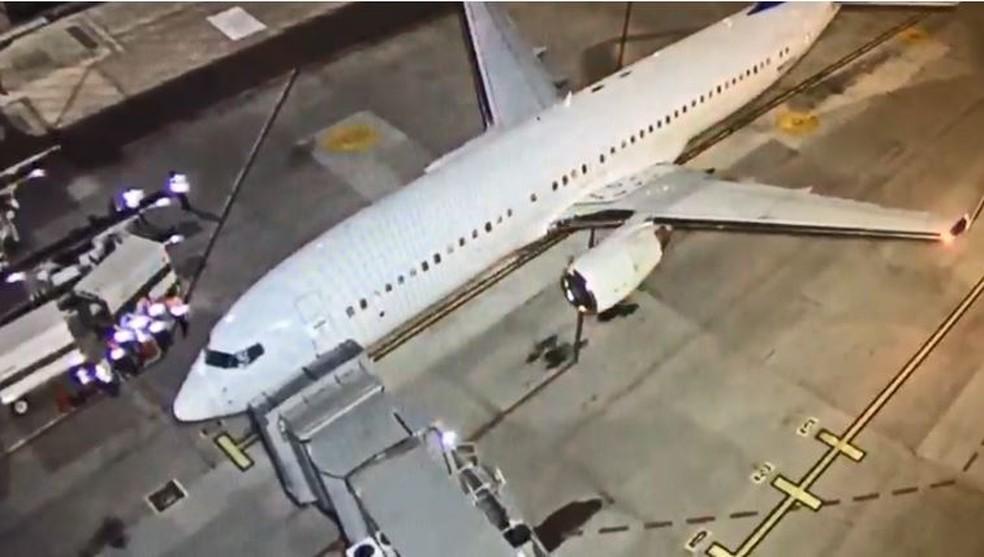 Imagem da primeira aeronave que  foi fretada pela agência federal norte-americana responsável por imigração e alfândega com destino ao Brasil, em outubro de 2019 — Foto: Polícia Federal/Divulgação