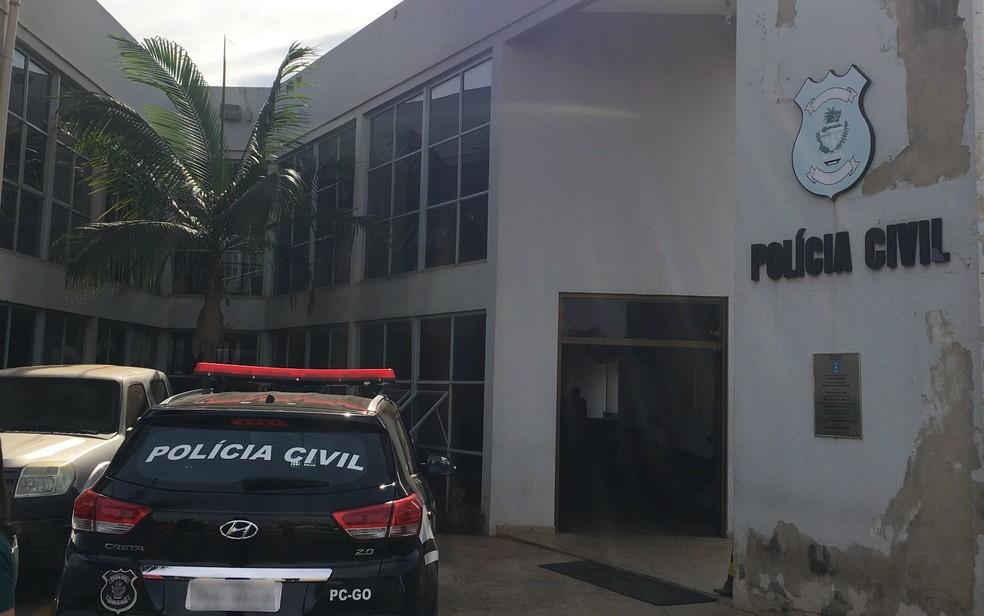 Delegacia especializada em Aparecida de Goiânia (Foto: Vitor Santana/G1)