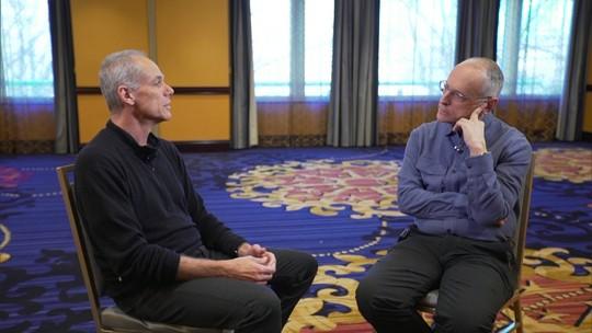 Milênio entrevista o físico brasileiro Marcelo Gleiser