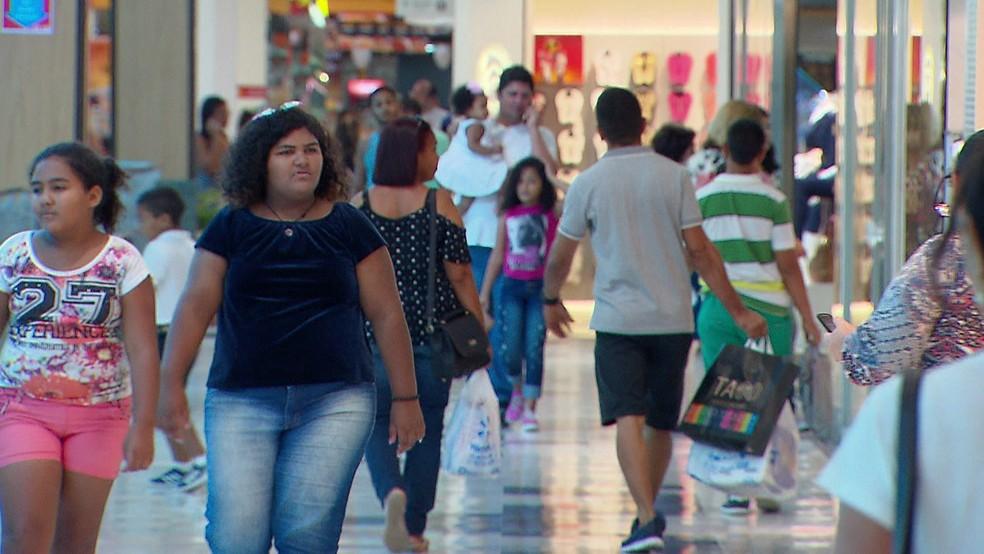 Dia de Finados modifica operação dos shoppings — Foto: Reprodução/TV Globo