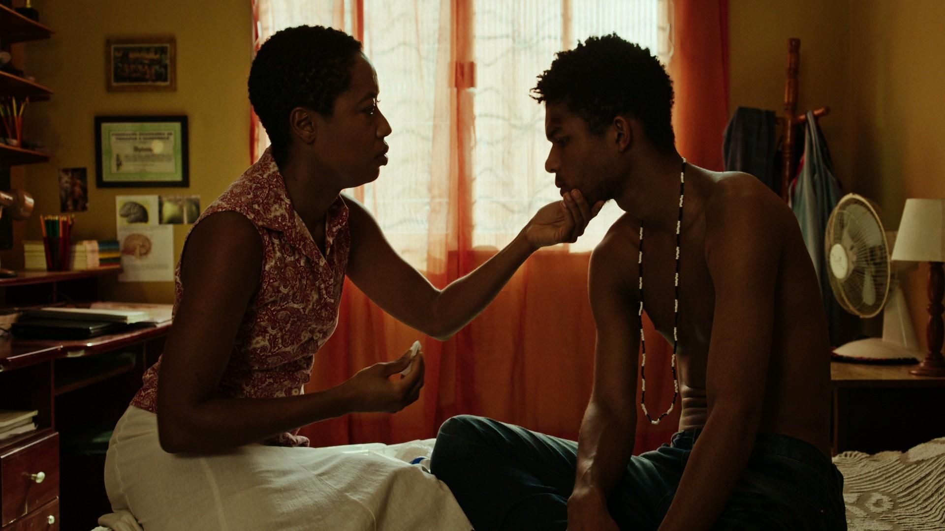 Em 'M8 - Quando a morte socorre a vida', Jeferson De mostra racismo escancarado: 'fala sobre maioria dos brasileiros'