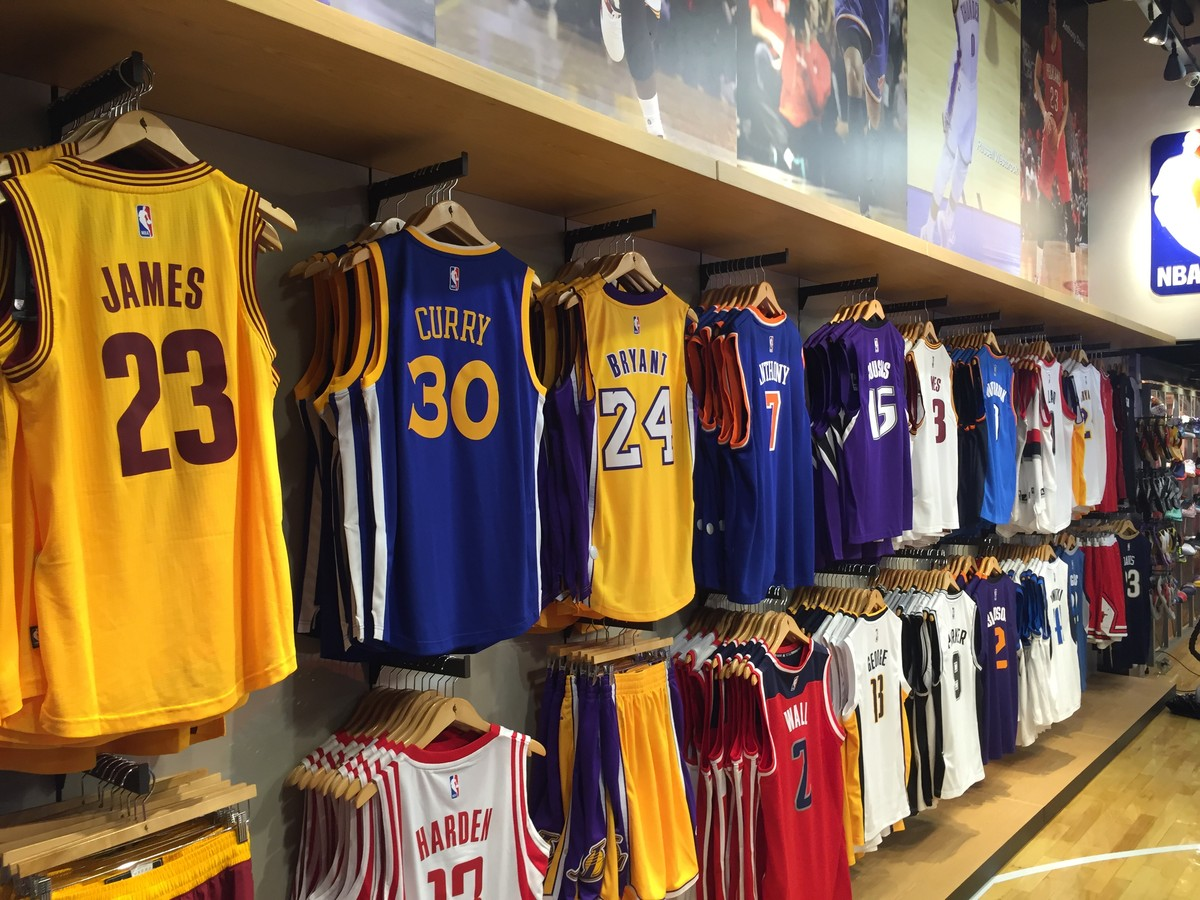 7fbcbe73936 NBA inaugura  NBA Store  na Galeria do Rock