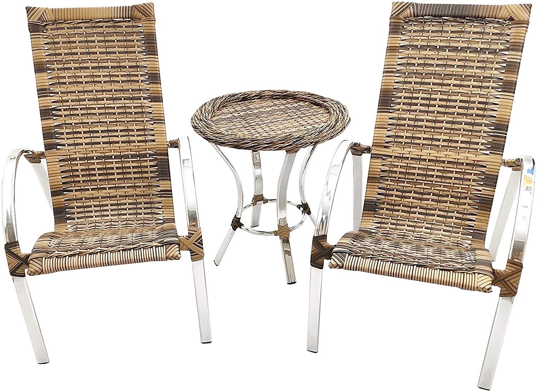 Kit cadeiras e mesinha de fibra (Foto: Reprodução/Amazon)